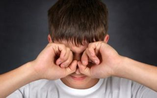 Какими средствами вылечить ожог глаза сваркой?