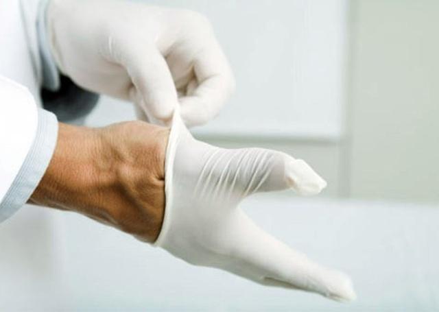 Ожог уксусной кислотой: первая помощь и лечение