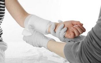 Ожог 1 степени: первая помощь и лечение