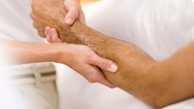 Перелом локтевой кости: первая помощь, лечение, реабилитация
