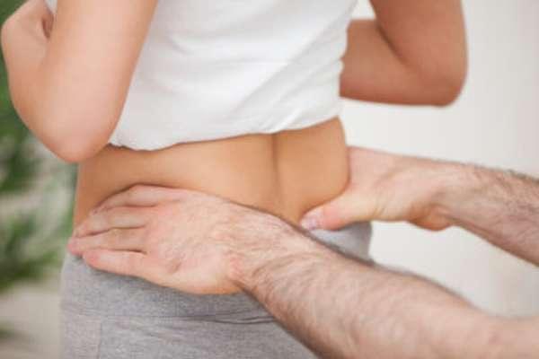 Перелом копчика: первая помощь, лечение, последствия